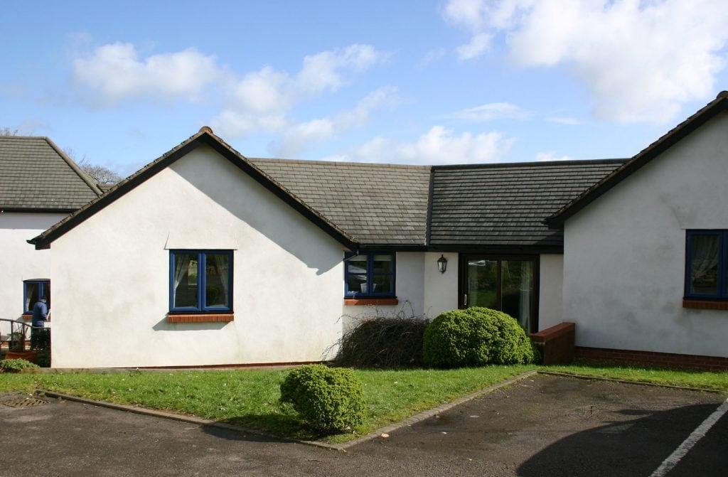 real estate_bungalow